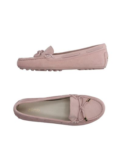 Loafers in Pink
