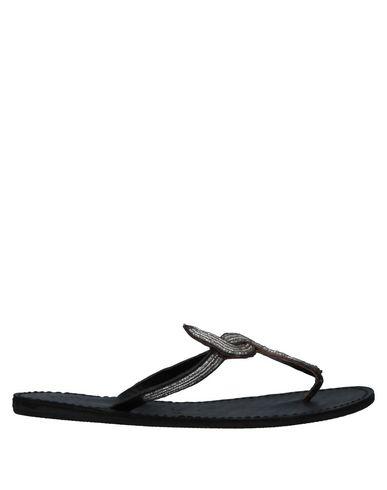 LAIDBACK LONDON Toe Strap Sandals in Black