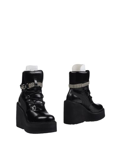 free shipping 10232 793a3 FENTY PUMA by RIHANNA Ankle boot - Footwear | YOOX.COM