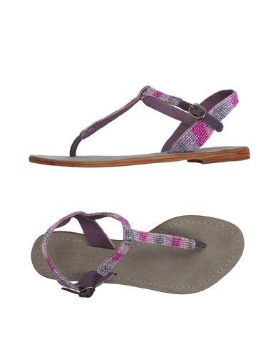 DREAM Flip Flops in Pink