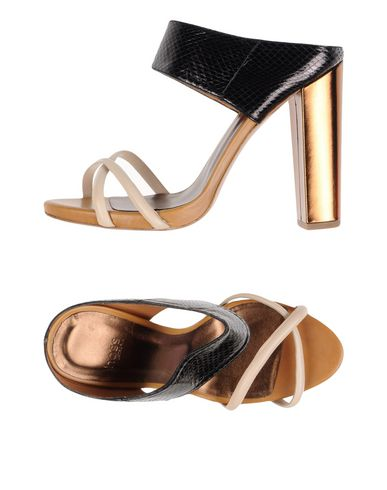 hoss intropia  Miguel Palacio sandals New