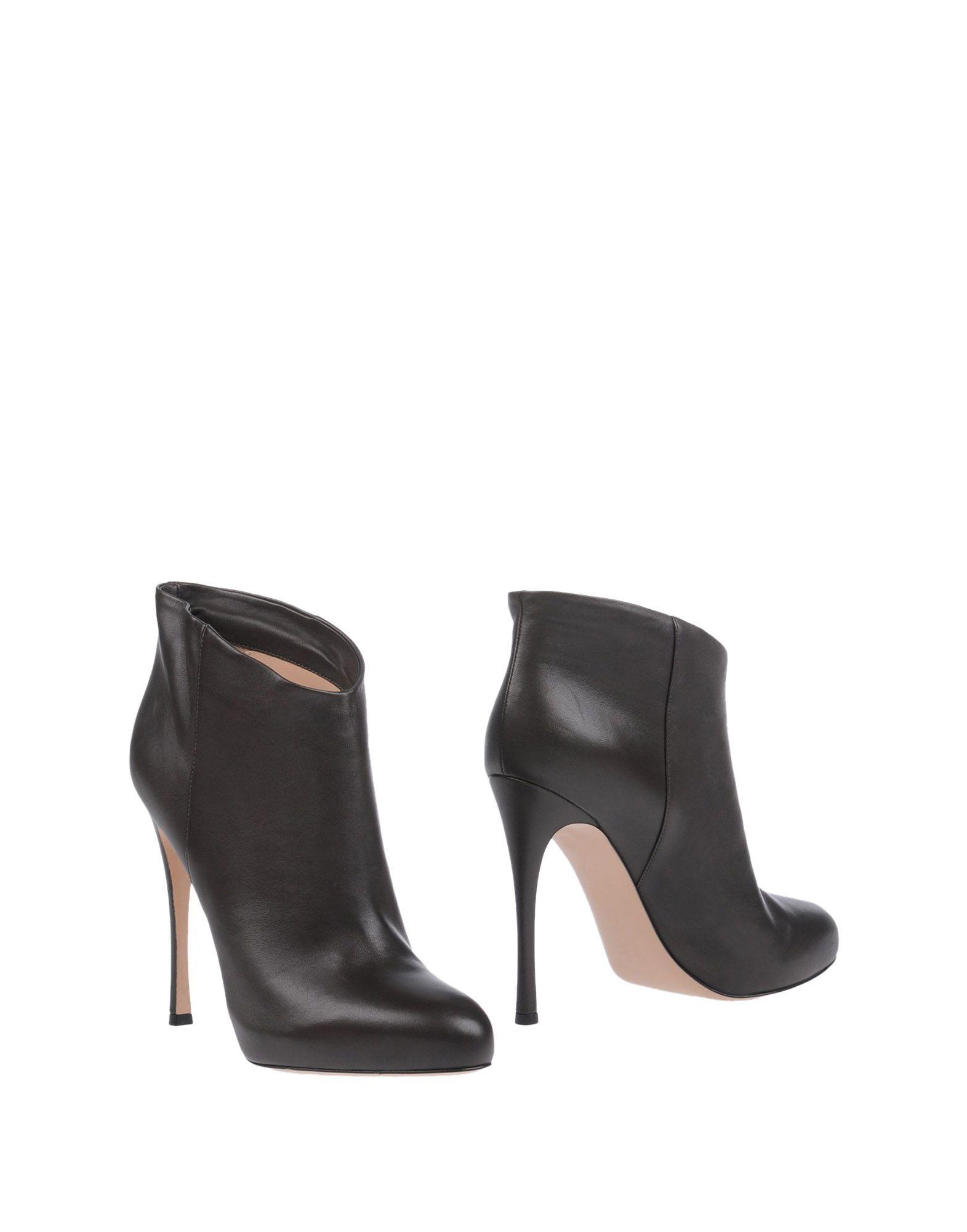 Rabatt Schuhe Stiefelette Gianvito Rossi Stiefelette Schuhe Damen  11155802AI b7c2e4