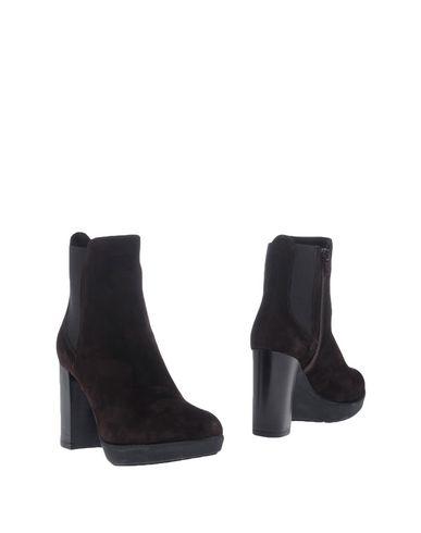 V ITALIA Chelsea boots