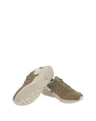 NEW BALANCE 009 SEASONAL COLORS Sneakers