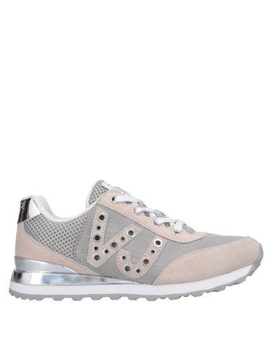 b2764c3e8ba Sneakers Versace Jeans Femme - Sneakers Versace Jeans sur YOOX ...
