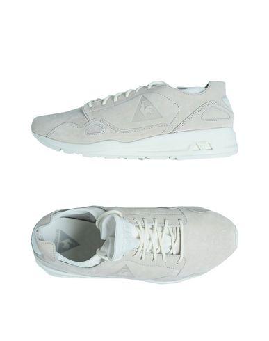 12e3d4ad71f8 Le Coq Sportif Lcs R Flow W Nubuck - Sneakers - Women Le Coq Sportif  Sneakers online on YOOX United States - 11205553