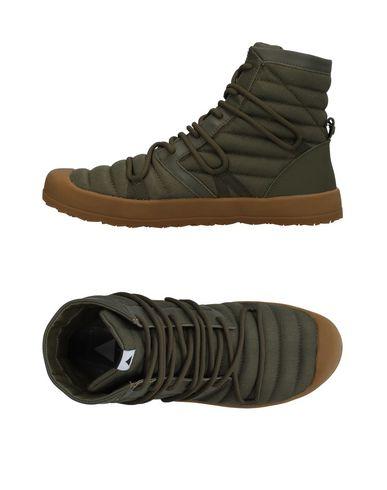 VOLTA Hi-Top Sneakers in Green
