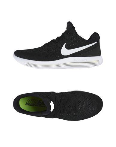 NIKE. LUNAREPIC LOW FLYKNIT 2. Sneakers