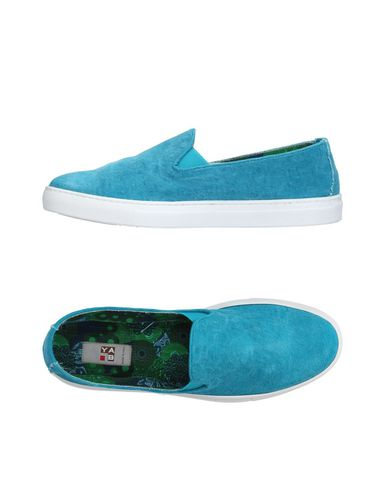 YAB Sneakers in Turquoise
