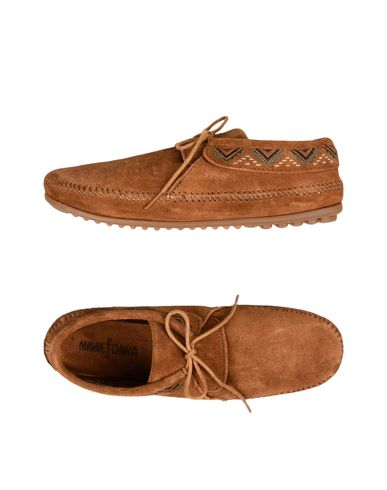CHAUSSURES - Chaussures à lacetsMinnetonka 51SmVBbW