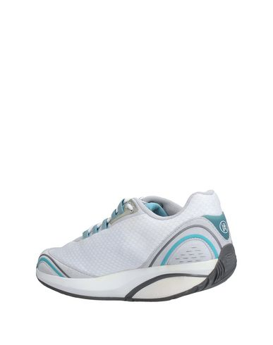 MBT Sneakers