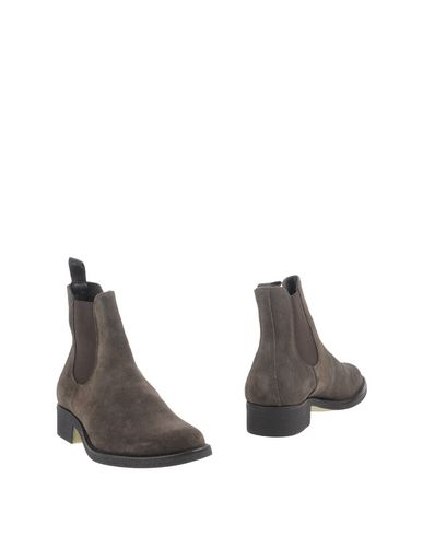 ANDERSON Ankle Boot in Dark Brown