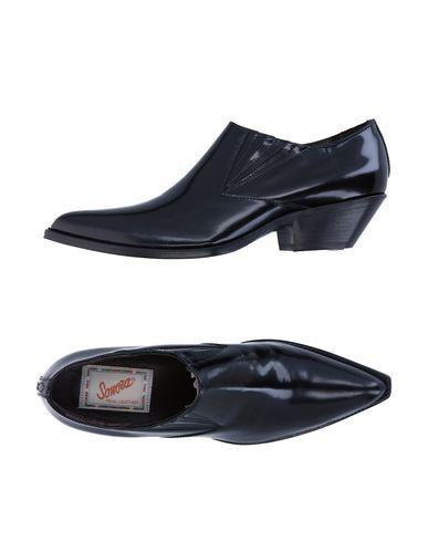 SONORA Booties in Black
