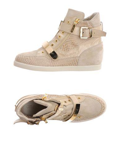 Los Los Los últimos zapatos de hombre y mujer Zapatillas Cesare P. Mujer - Zapatillas Cesare P. - 11240538MB Beige 9eb885