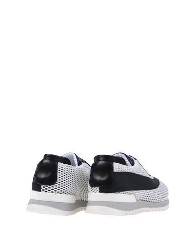 W  DABLIU Sneakers