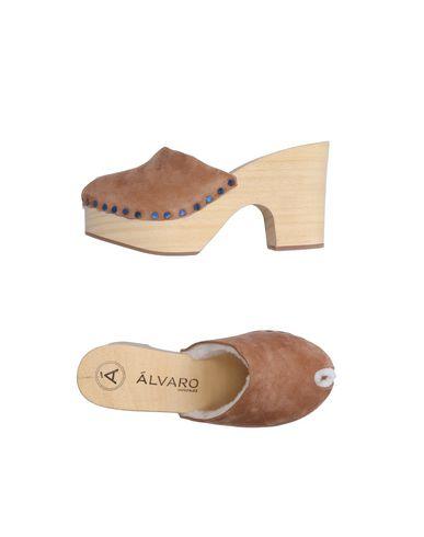 ALVARO GONZALEZ Leather Mules & Clogs
