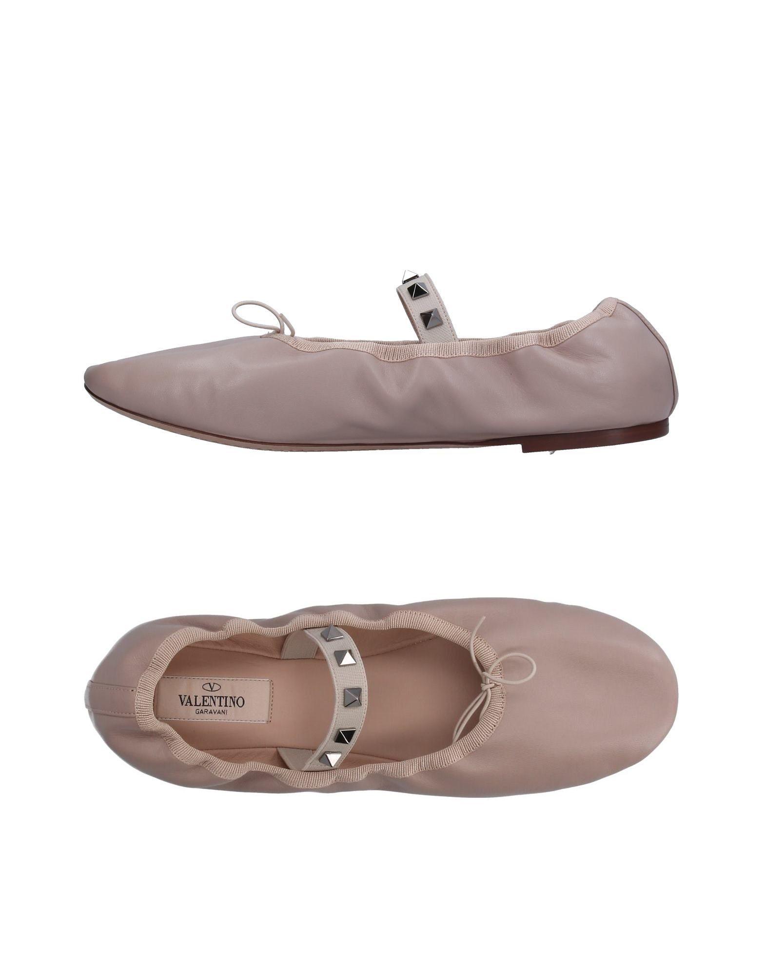Valentino Garavani Valentino Ballet Flats - Women Valentino Garavani Garavani Ballet Flats online on  United Kingdom - 11262737KT a3c35b