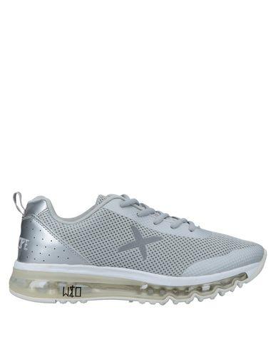 WIZE & OPE Sneakers in Grey