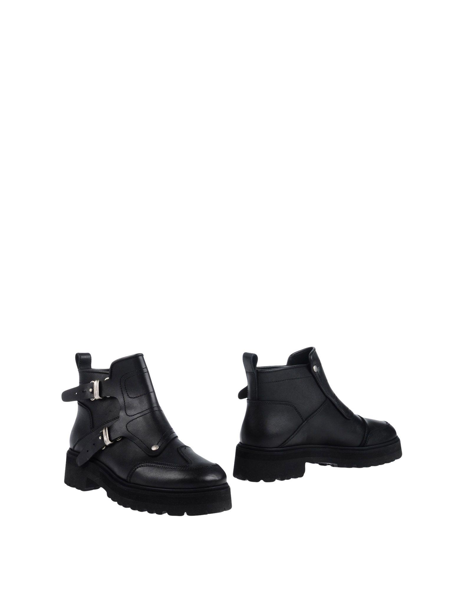 Mm6 Maison Margiela Ankle Boot - Women Boots Mm6 Maison Margiela Ankle Boots Women online on  Canada - 11268744DO 36074a