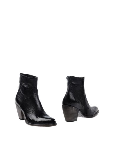 ALEXANDER HOTTO - Ankle boot