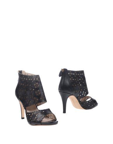 Women SARGOSSA Court Soft Leather Beige WN74361