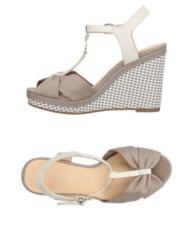 b275b41e8 Tommy Hilfiger Sandals - Women Tommy Hilfiger Sandals online on YOOX ...