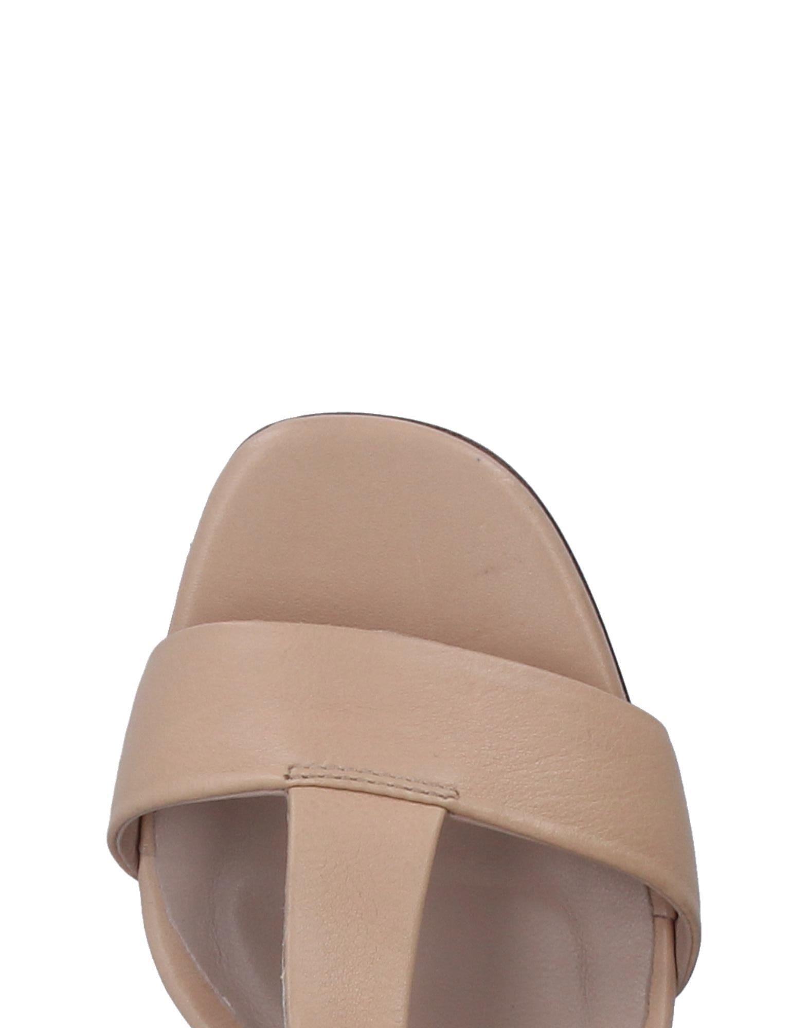 Gut Janet um billige Schuhe zu tragenJanet & Janet Gut Sandalen Damen  11281441AU 8f494a