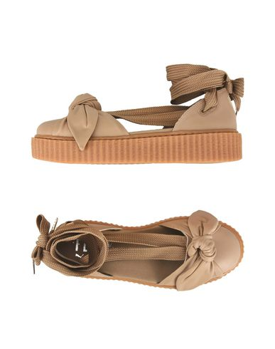 on sale 3b0ab d462e FENTY PUMA by RIHANNA Sandals - Footwear | YOOX.COM