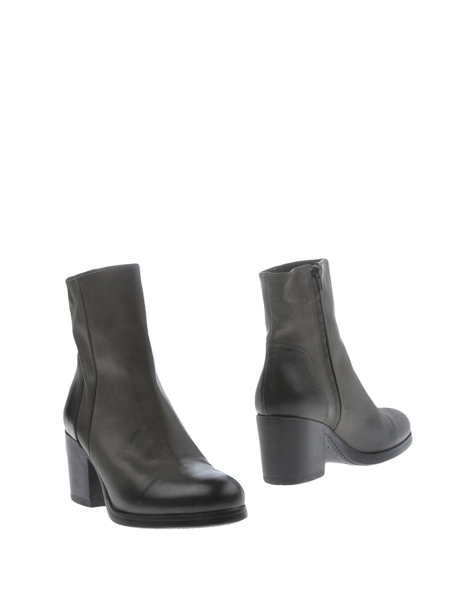 Günstige und modische Schuhe Bagatt Stiefelette Damen  11283253NT