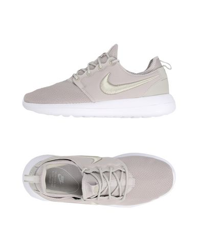 Sneakers Nike Roshe Two Breathe - Donna - Acquista online su YOOX ... c8a13150446