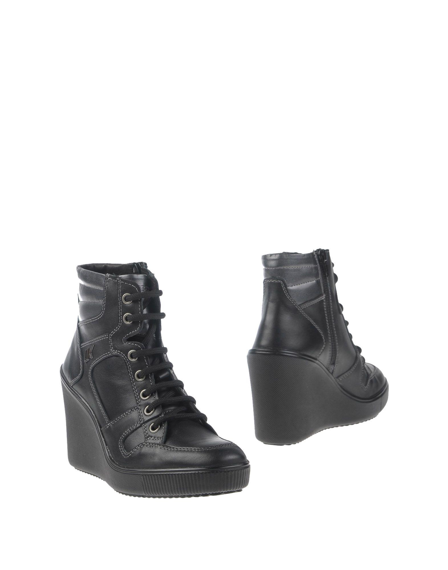 Günstige und modische Schuhe Lumberjack Stiefelette Damen  11288606SC