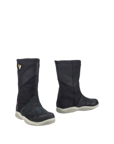 MUSTO Boots in Black