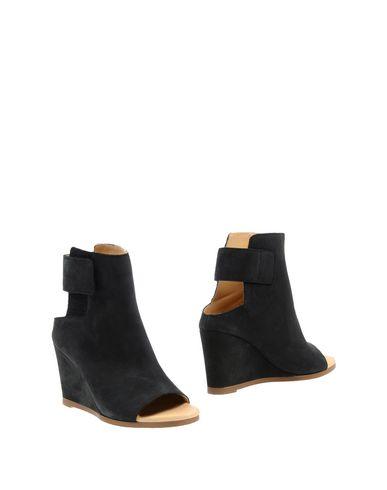 58496d7a4743 Mm6 Maison Margiela Ankle Boot - Women Mm6 Maison Margiela Ankle ...
