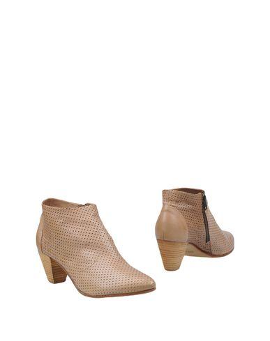 FOOTWEAR - Ankle boots Garrice 119vPU
