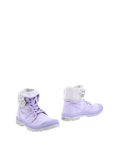 PALLADIUM Ankle Boot in Lilac