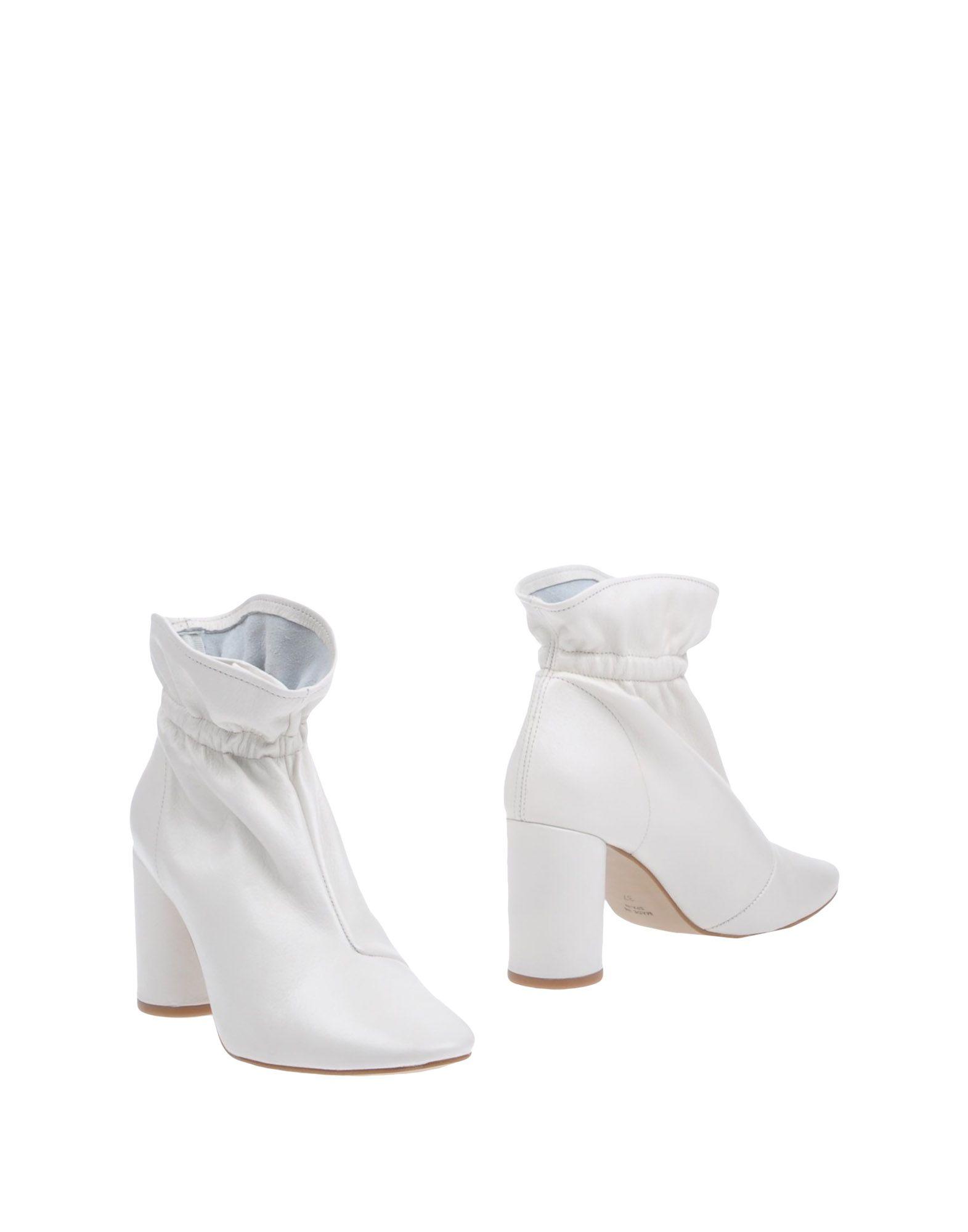 Cross Walk Ankle Walk Boot - Women Cross Walk Ankle Ankle Boots online on  Australia - 11313193HJ 212337