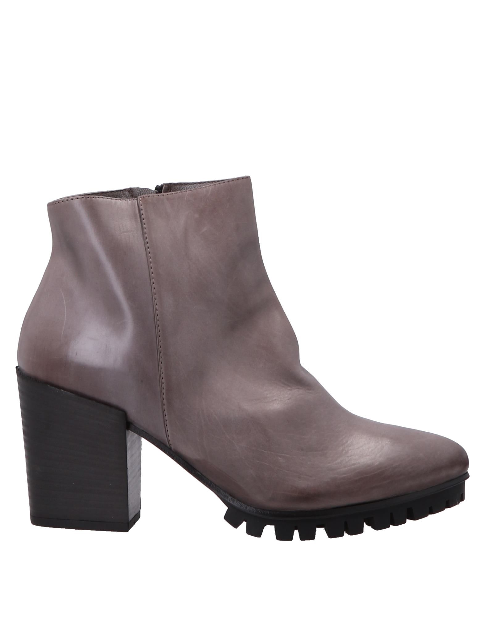 Vic Ankle Boot - Women on Vic Ankle Boots online on Women  Australia - 11316169VD ab15e0