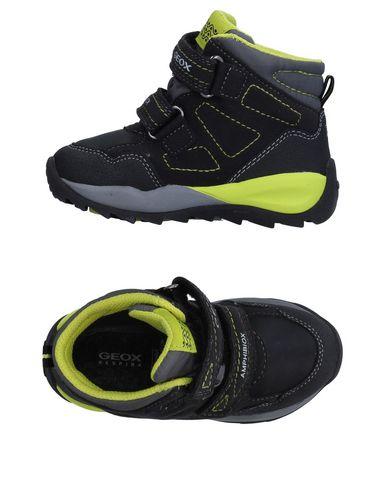 Belicoso Jugar con blanco lechoso  Geox Sneakers Women Geox Sneakers Online On Yoox United States 11405678cr    2021 trends   xoosha
