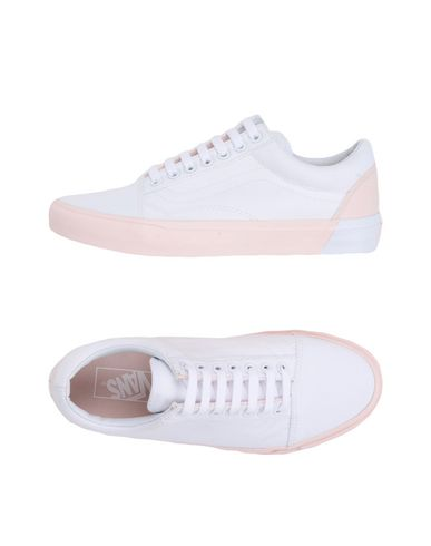 4750bfd10a91 Vans Ua Old Skool - Sneakers - Women Vans Sneakers online on YOOX ...