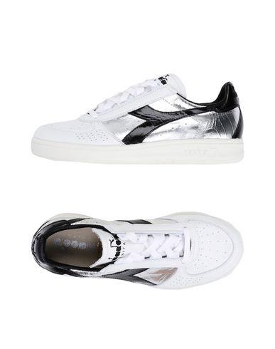 free shipping fa0e6 3ab58 DIADORA HERITAGE Sneakers - Scarpe | YOOX.COM