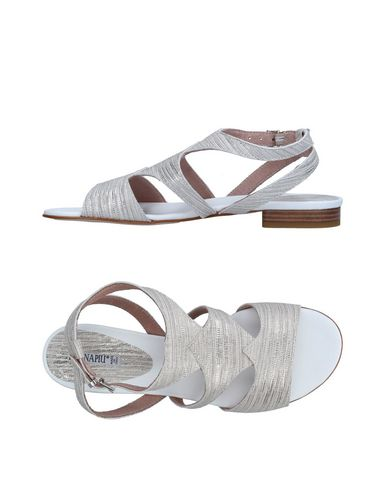 competitive price 414b8 c7496 DONNA PIÙ Sandals - Footwear | YOOX.COM