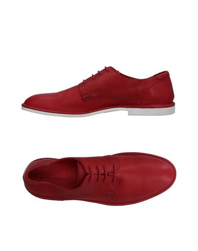 ATTIMONELLI'S Laced Shoes in Red