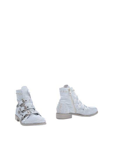 Follie Guddommelig Booty få autentiske online gratis frakt sneakernews billig god selger billig 2015 nye FTOM2V