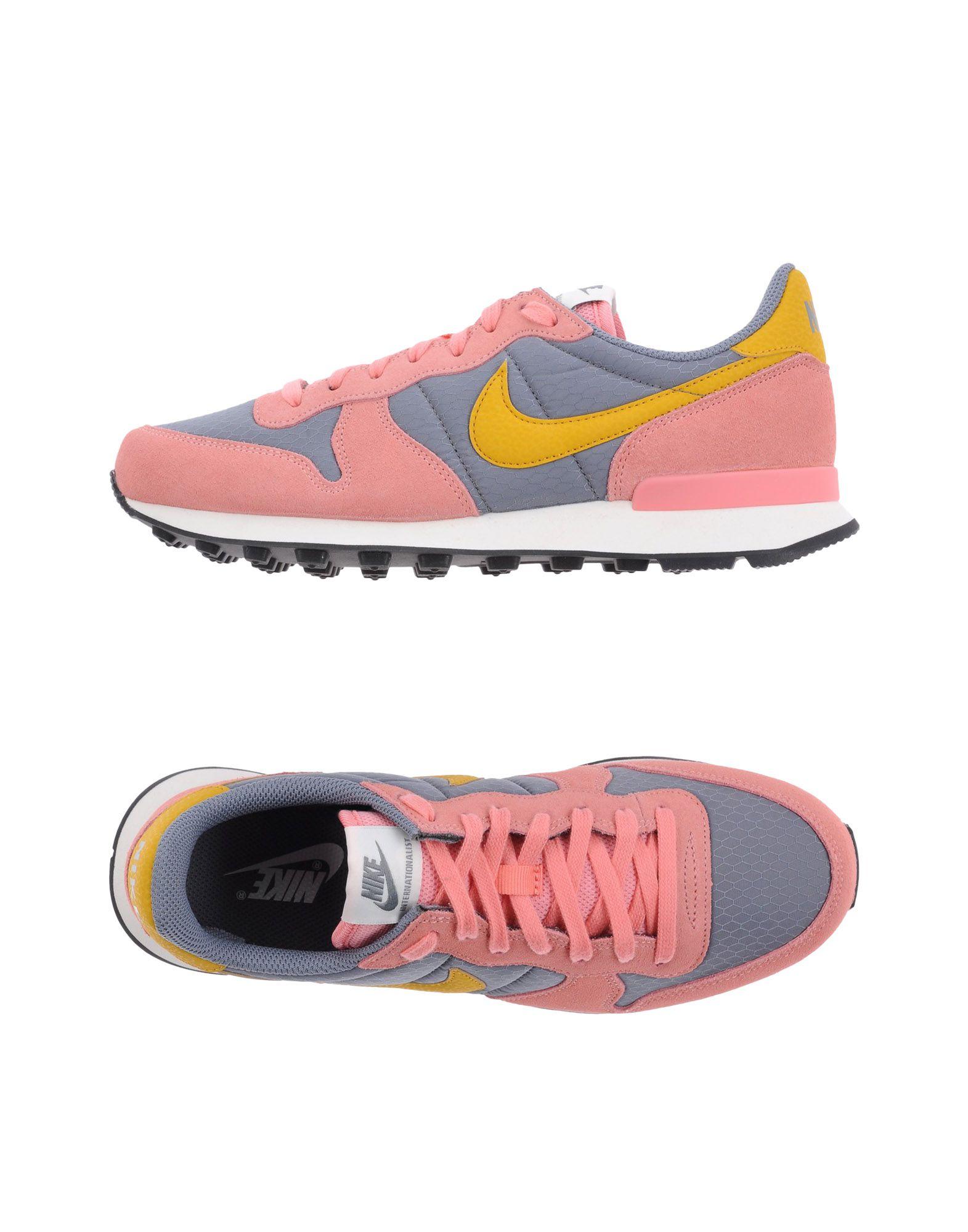 Günstige und modische Schuhe Nike Sneakers Damen  11334235PV