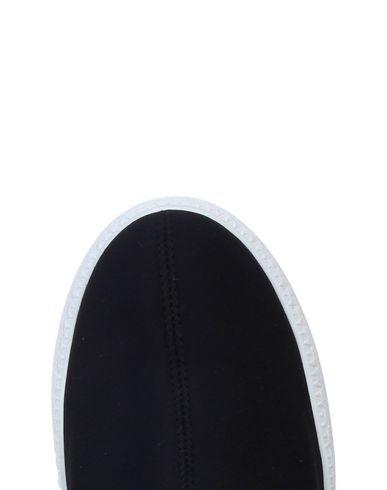 TSD12 Sneakers