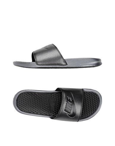 4f015eea9 ... uk nike benassi jdi metallic qs sandals women nike sandals online fb7a4  f884b