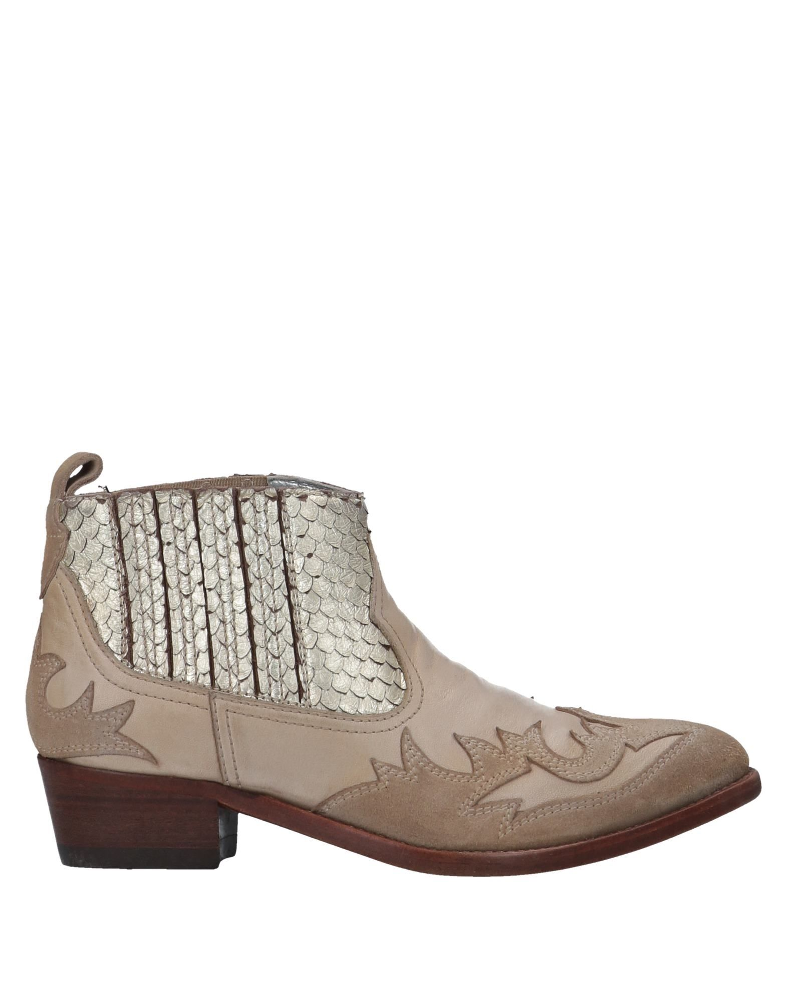 Golden Goose Deluxe Brand Ankle Boot - Women Golden Goose online Deluxe Brand Ankle Boots online Goose on  Canada - 11341265OF 46370c