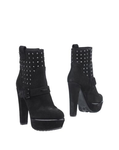 RICHMOND Ankle Boot in Black