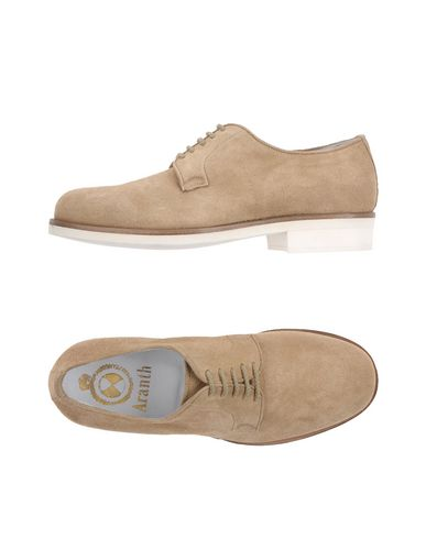 ARANTH Laced Shoes in Beige