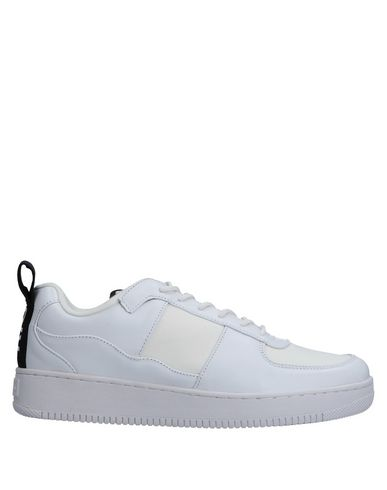KWOTS Sneakers in White